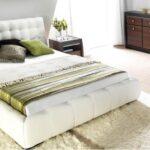 Яке ліжко вважається ідеальним для спальні?
